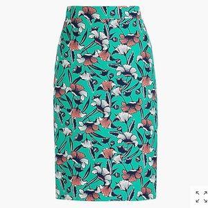 NWT J. Crew pencil skirt in a Kelly green print